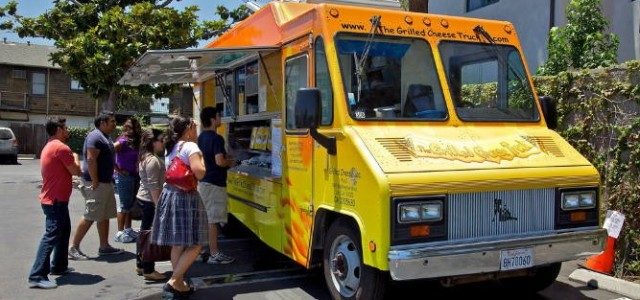 Money Info Investment News Show The March 24, 2015 show will feature small cap stock to watch live interview with The Grilled Cheese Truck, Inc. Stock symbol: GRLD Peter Goldstein […]